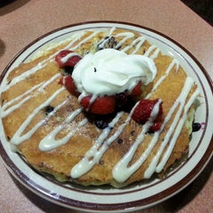 Photo taken at Denny's by Sam S. on 6/23/2013