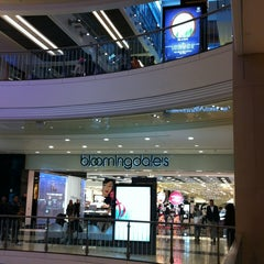 Photo taken at Bloomingdale's by Yolanda on 1/3/2013