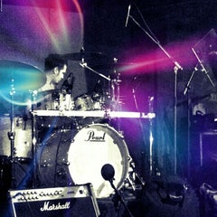 Photo taken at Mojo by Cagri Y. on 12/21/2012