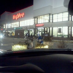 Photo taken at Hy-Vee by Dale D. on 1/7/2013