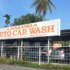 Photo taken at Analusia Car Wash by Pkcik T. on 3/9/2013