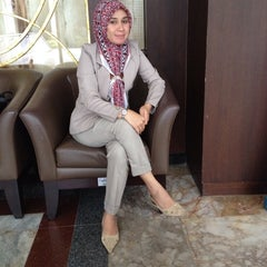 Photo taken at Mahkamah Agung Republik Indonesia by Lya L. on 8/12/2014