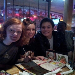 Photo taken at Applebee's by Isabel G. on 4/13/2013