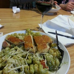 Photo taken at Noodles & Company by Yervant K. on 12/28/2012