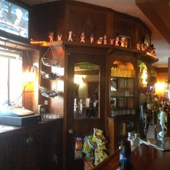 Photo taken at Headwters Tavern & Resturaunt by Gay C. on 6/24/2013
