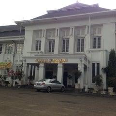 Photo taken at Fakultas Kedokteran Universitas Indonesia by Uckhy A. on 1/5/2013