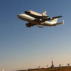 Photo taken at Mojave Air and Space Port by Kevlar on 9/21/2012