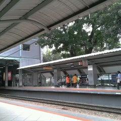 Photo taken at Stasiun Sudirman by Hendy on 9/27/2012