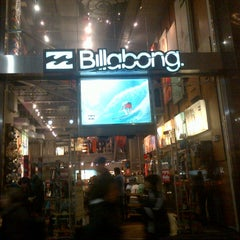 Photo taken at Billabong Herald Square by Cesar, Jr. C. on 12/10/2012