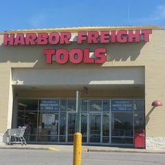 Photo taken at Harbor Freight Tools by JP W. on 5/2/2013