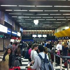 Foto tirada no(a) Check-in TAM por Gustavo C. em 11/14/2012
