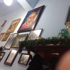 Photo taken at El Cubano by Sergio G. on 12/28/2013