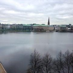 Das Foto wurde bei ZBW - Leibniz-Informationszentrum Wirtschaft Hamburg von Nupsi am 4/10/2014 aufgenommen