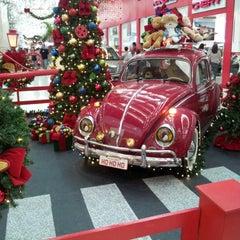 Photo taken at Auto Shopping Aricanduva by Ronaldo C. on 12/17/2012