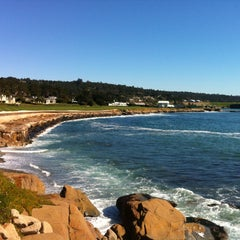 Photo taken at Pebble Beach Golf Links by Alexpider on 2/11/2013