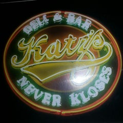 Photo taken at Katz's Deli & Bar by Giaberto V. on 3/30/2013