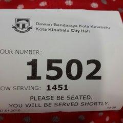 Photo taken at Dewan Bandaraya Kota Kinabalu by Juey A. on 1/27/2015