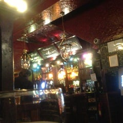 Photo taken at The Fitzrovia (Taylor Walker) by enoway I. on 11/5/2012