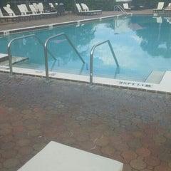 Photo taken at Maingate Lakeside Resort by Cruz P. on 8/13/2015