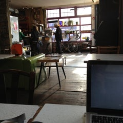 Photo taken at Rocket Cat Cafe by Jim R. on 11/6/2012