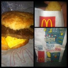 Photo taken at McDonald's by Kenneth C. on 8/14/2014