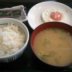 Photo taken at なか卯 池袋サンシャイン前店 by yamato k. on 10/7/2012