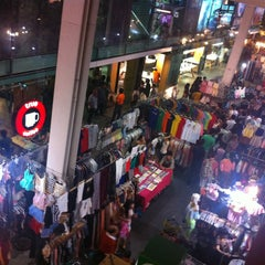 Photo taken at แบกะดินสยามสแควร์ (Siam Square Night Market) by AorPG R. on 5/5/2013