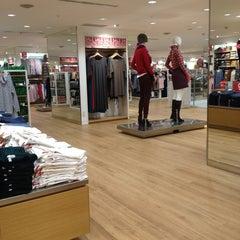 Photo taken at 中友百貨公司 Chung Yo Department Store by Thkouob C. on 12/28/2012