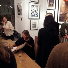 Photo taken at Clic Gallery + Bookstore by Emmanuel D S. on 10/17/2012