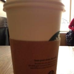 Photo taken at Starbucks by Benjamin L. on 1/9/2013