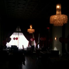 Photo taken at Il Sogno by Elle N. on 2/13/2013