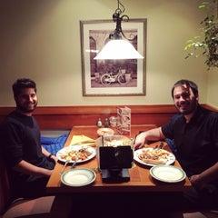 Photo taken at Olive Garden by Kemal Ç. on 11/24/2015