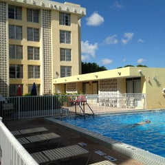 Photo taken at Courtyard by Marriott Miami Coral Gables by Mari L. on 9/9/2013
