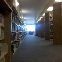 Photo taken at Louisville Free Public Library - Southwest by Kris H. on 9/19/2012