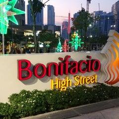 Photo taken at Bonifacio High Street by ♛Brian A. on 12/2/2012