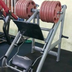 Photo taken at AL-FALAH Gym & Fitness Club by Fahmi S. on 5/16/2015