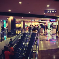 Photo taken at Plaza Merdeka by ㊙Derrick A. on 5/2/2013