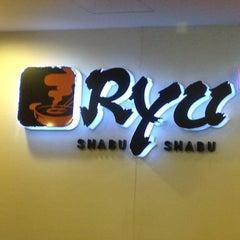 Photo taken at Ryu Shabu-Shabu (ริว ชาบู-ชาบู) by Rizal W. on 1/12/2013