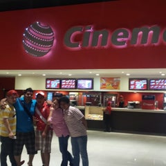 Photo taken at Cinemex by Edward M. on 10/15/2013