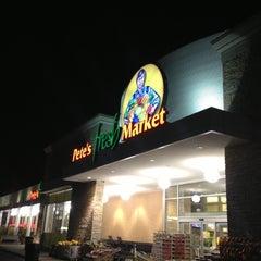 Photo taken at Pete's Fresh Market by Leonard W. on 11/21/2012