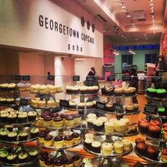 Photo taken at Georgetown Cupcake by Destene K. on 5/10/2013