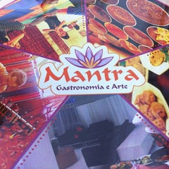 Photo taken at Mantra Gastronomia e Arte by Vicente R. on 11/27/2012