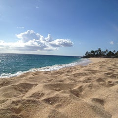 Photo taken at Makaha Beach Park by Tony R. on 8/31/2013