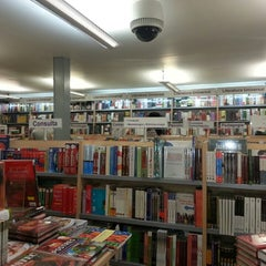 Photo taken at Libreria Gandhi by Tripuma G. on 5/4/2013