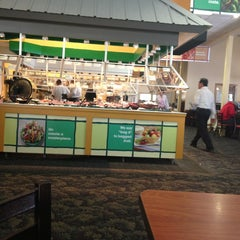 Photo taken at Golden Corral by Robert G. on 3/21/2013