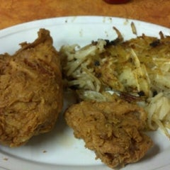 Photo taken at Richie's Chicken by Kevin B. on 10/17/2012