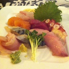 Photo taken at Sushi Zone by Katerina M. on 10/18/2012