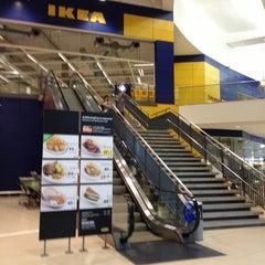 Photo taken at IKEA Restaurant & Café (อิเกีย ร้านอาหารและคาเฟ่) by Chey  Chey  Chey  Chey L. on 2/27/2013