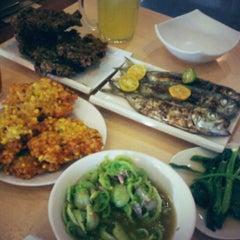 Photo taken at Raja Oci Restaurant by Desty T. on 3/2/2013