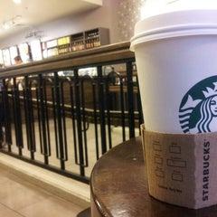 Photo taken at Starbucks by Siraj B. on 10/12/2013
